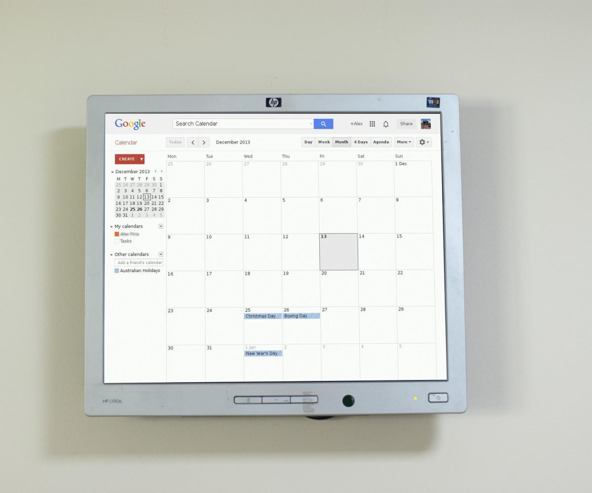 Live Wall Calendar