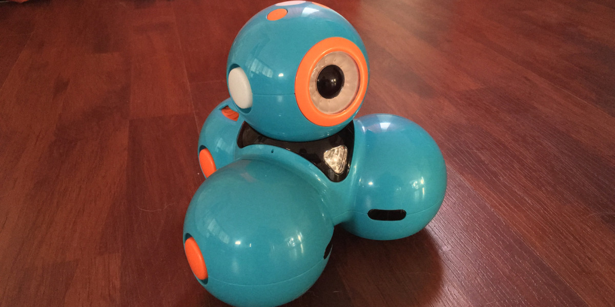 Ideal Gifts: Dash is a three-wheeled robot that teaches kids to code
