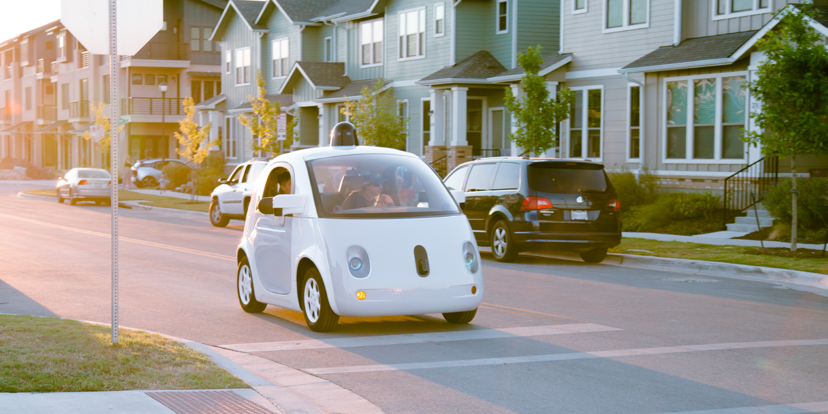 Google filings suggest it wants its self-driving cars to charge wirelessly