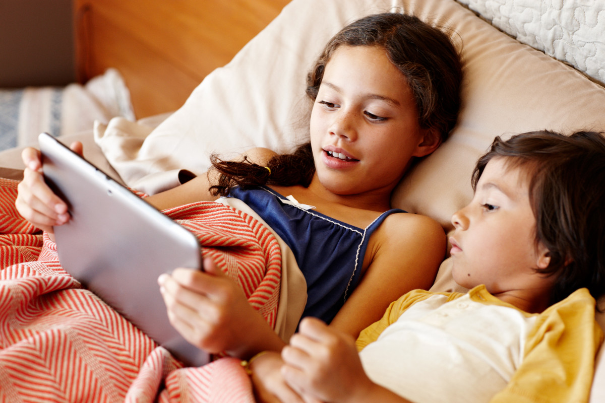 Forget TV, Netflix and YouTube dominate kids' viewing