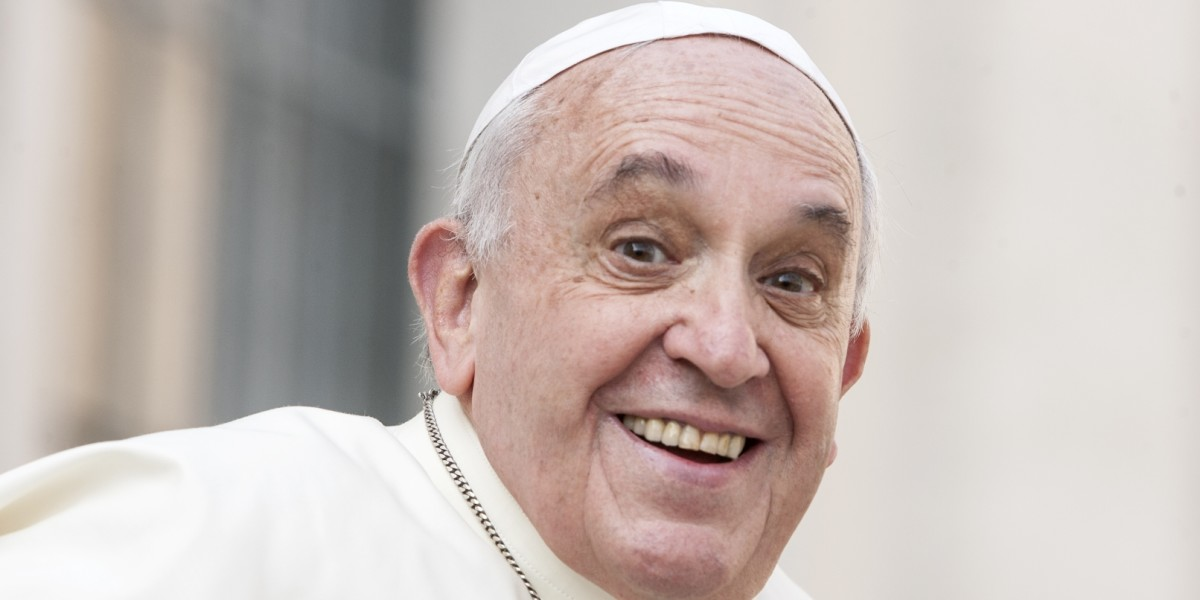 Pope Francis' selfie game is strong — so he's bringing it to Instagram