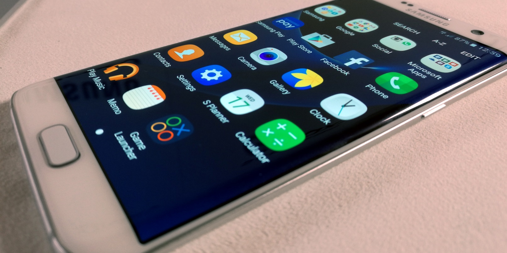 Samsung's new S7 and S7 Edge look incredible