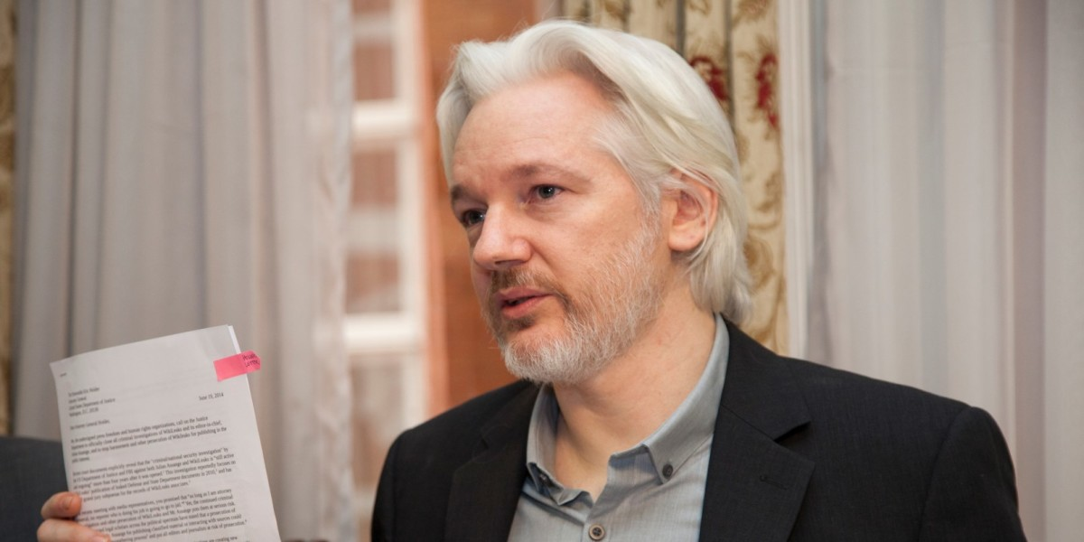 WikiLeaks founder Julian Assange is ready to turn himself in