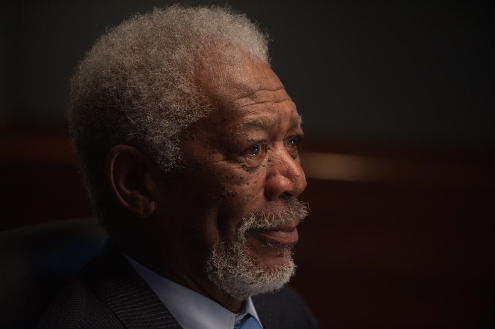 Morgan Freeman's velvety pipes can now narrate your Waze directions