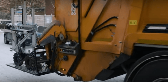 This ace drone and robot grime-fighting team could kill the garbage man