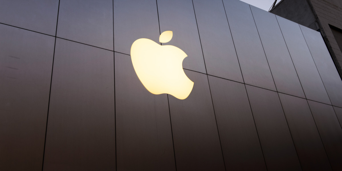 Apple will launch its first-ever 'accelerator' for iOS developers in India next year