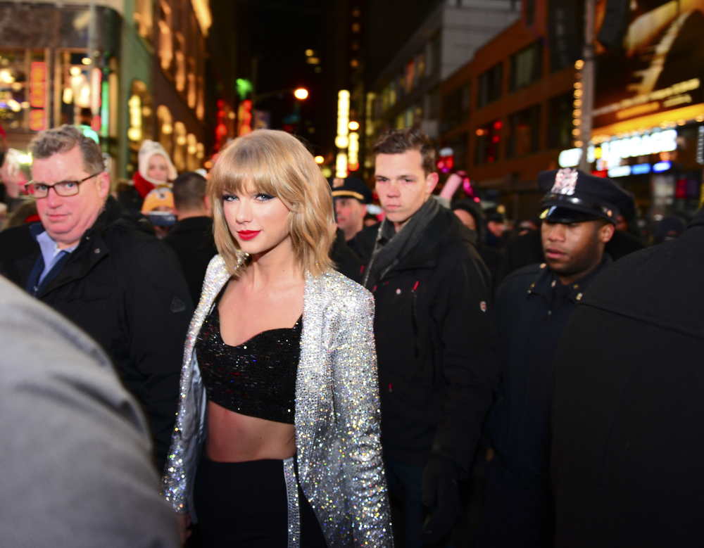 Haters gonna hate, hate, hate: Taylor Swift's releasing a mobile game