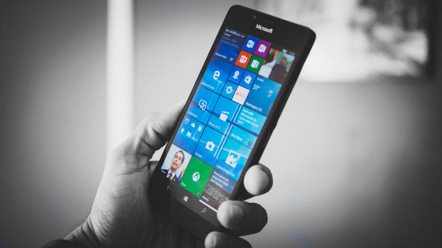 """Nadella says next Microsoft phone will be the """"ultimate mobile device"""""""