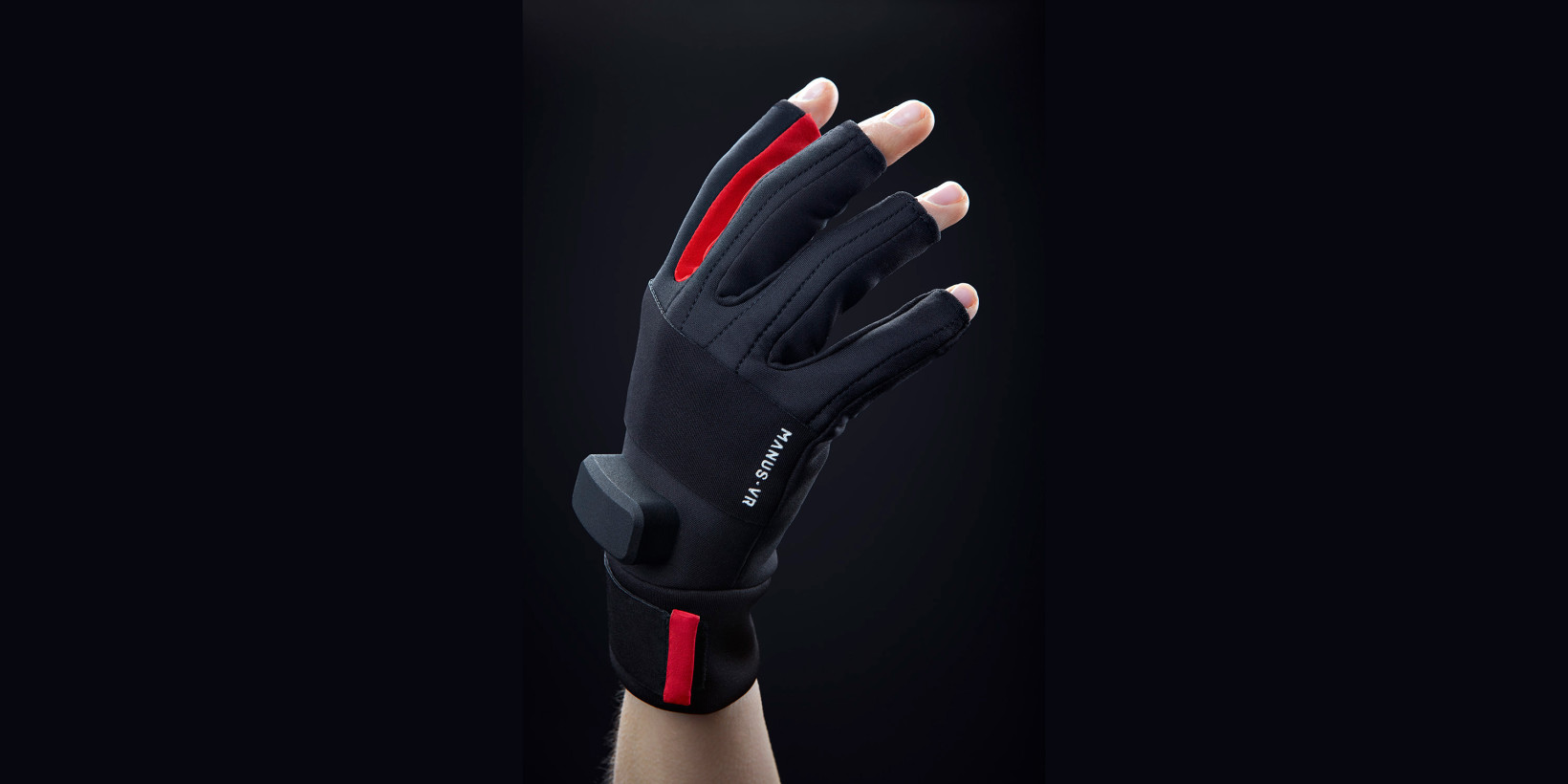 Manus' $250 gloves turn your hands into VR game controllers
