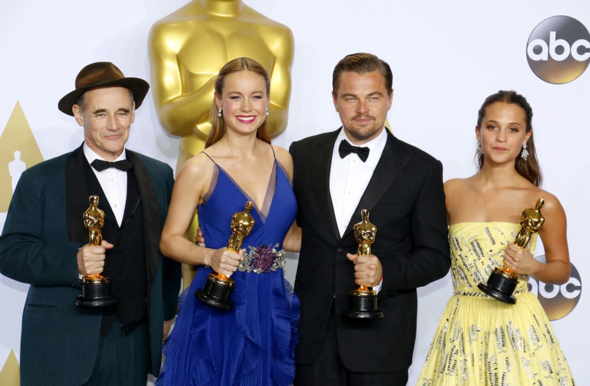 Study confirms the #OscarsSoWhite hashtag is painfully true