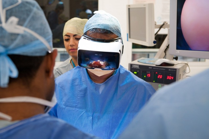 Watch a cancer operation live in virtual reality this week