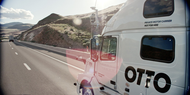 Ex-Googlers' self-driving kit for commercial trucks takes over on freeways