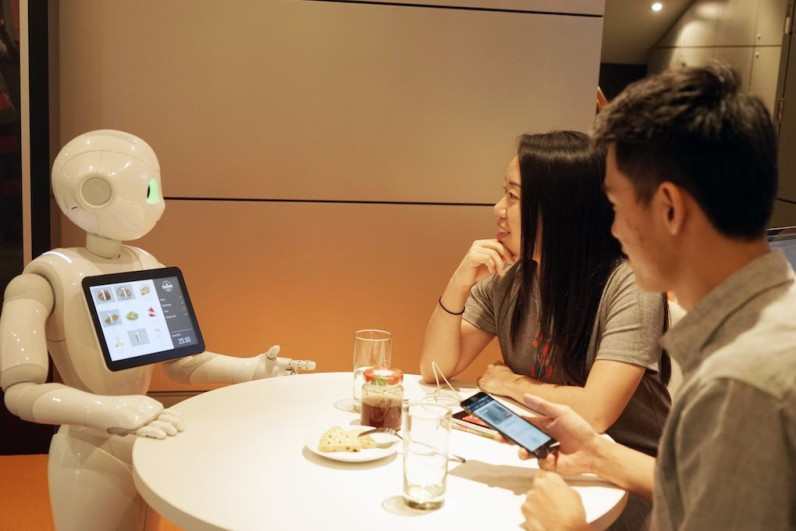 Softbank's Pepper robot just got a job taking orders at Pizza Hut