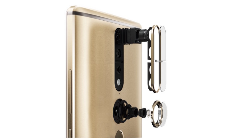 Lenovo's gigantic Phab2 Pro is the first real Project Tango phone