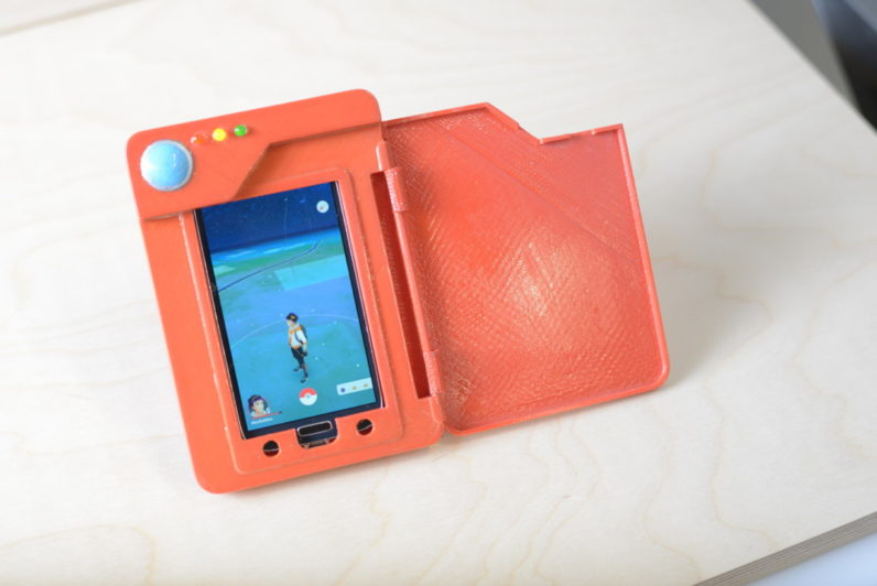 Genius builds a Pokédex phone battery case, and Nintendo should too