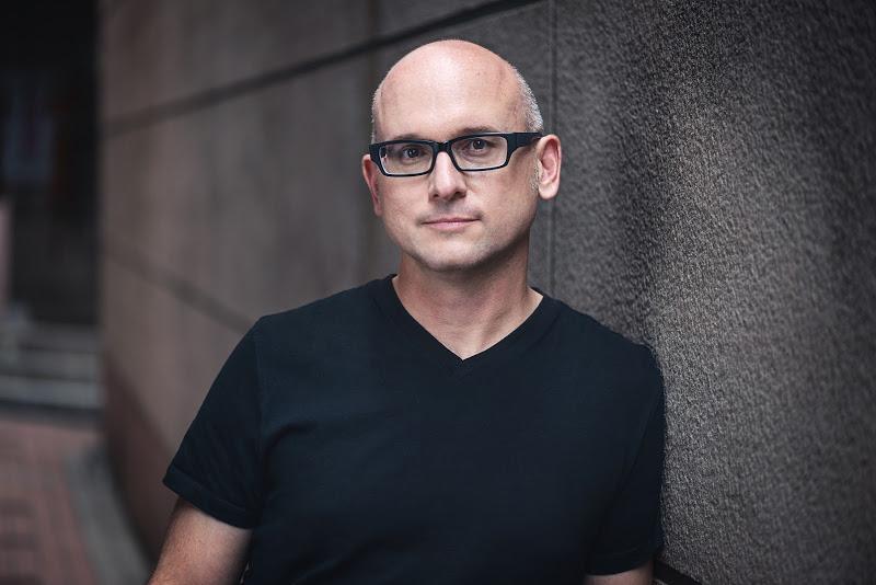 The man behind HTC One talks design, Nextbit and antenna lines