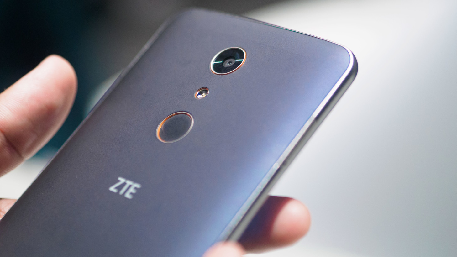 Hands-on: The ZTE ZMAX Pro is a whole lot of phone for $99