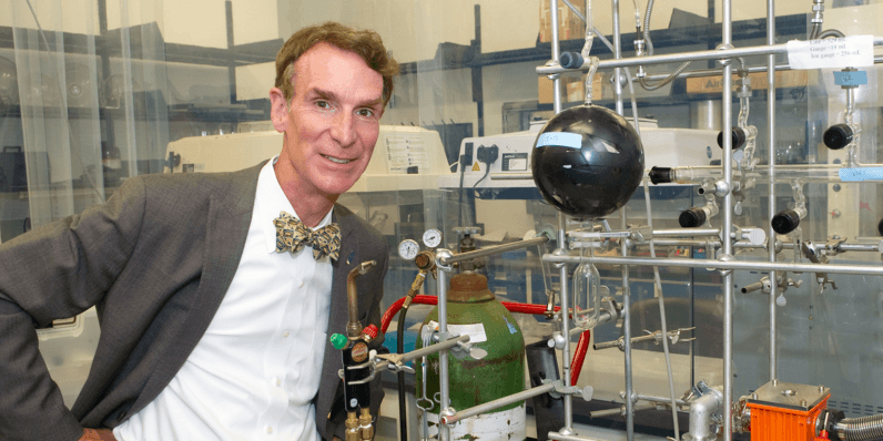 Bill Nye is bringing his bow tie to Netflix