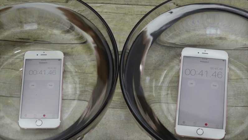 The iPhone 7 might let you take it for a shower without breaking