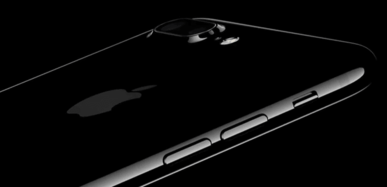 Apple unveils the iPhone 7 with waterproofing, stereo speakers, and dual cameras