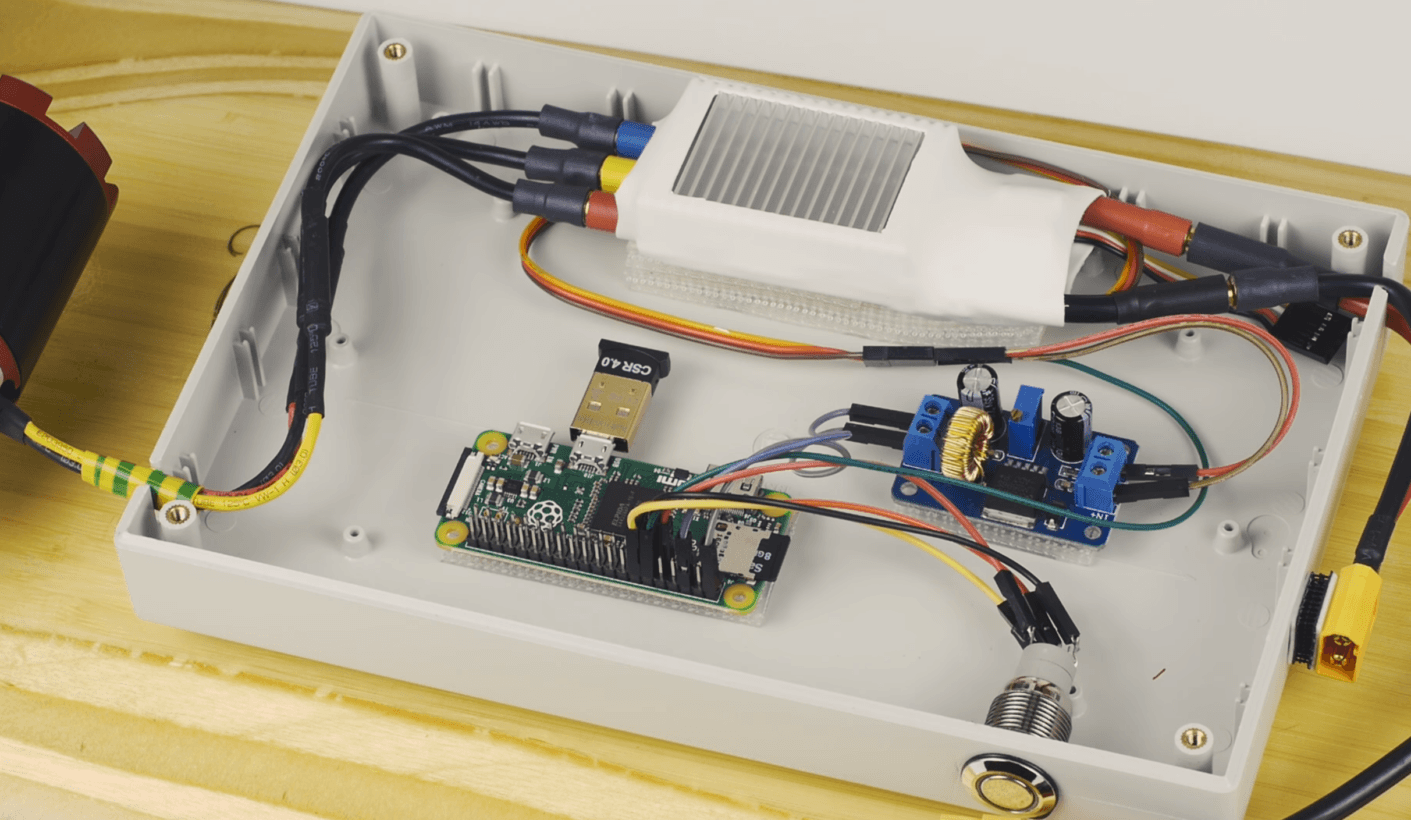 Enjoyable Raspberry Pi Powered Electric Skateboard Lets You Roll Like Casey Wiring 101 Taclepimsautoservicenl