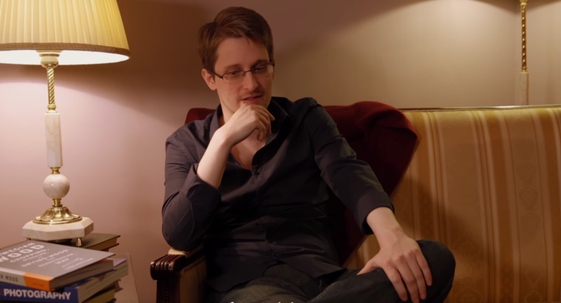 Russia considers returning Snowden to US as a 'gift' to Trump