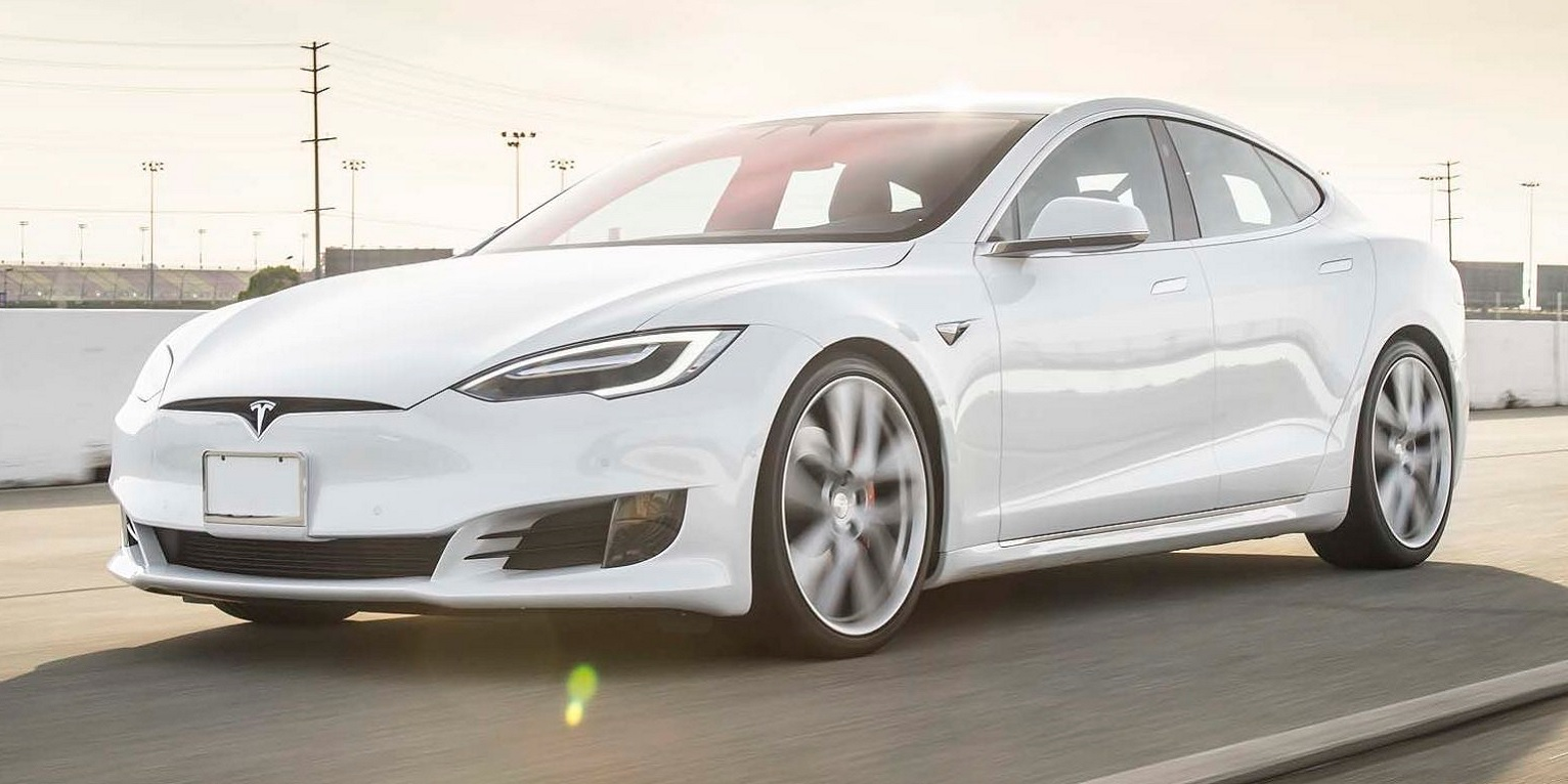 Buying a Tesla could soon include lifetime insurance and maintenance