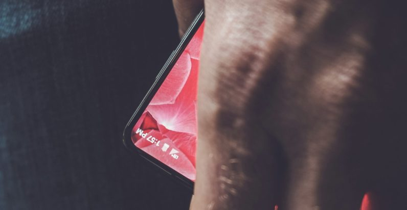 Android co-creator teases new bezel-free smartphone