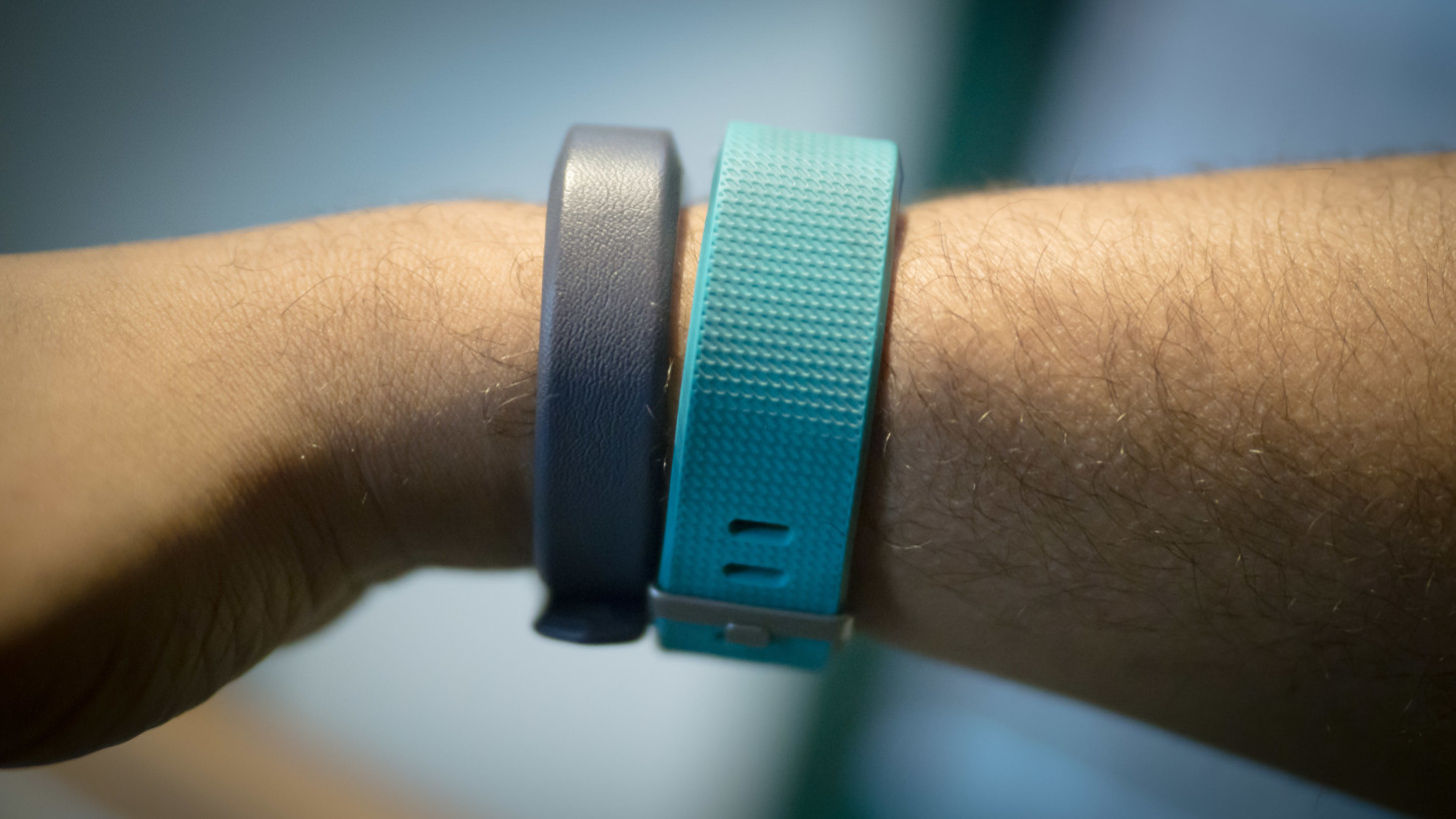 Review: Fitbit's Alta HR is tiny and powerful, but you should