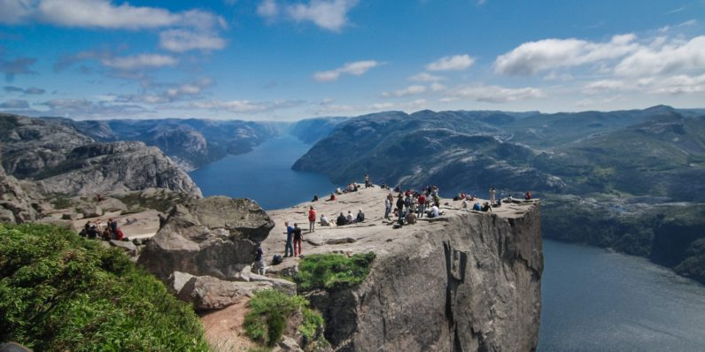 Google Maps sends flood of tourists wrong way in Norway