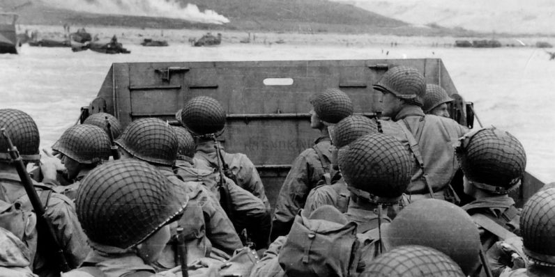 These haunting Twitter accounts are live-tweeting World War II