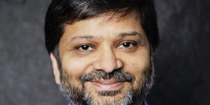 Dharmesh of HubSpot Talks About Taking Risks To Start a Business