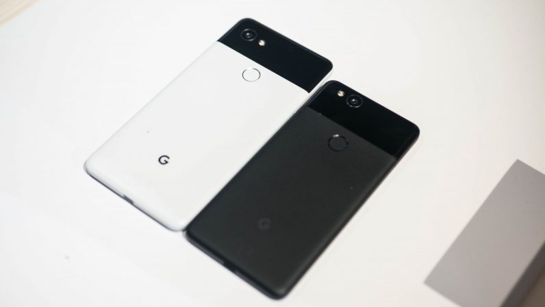 Google responds to Pixel 2 issues with software update, extended warranty