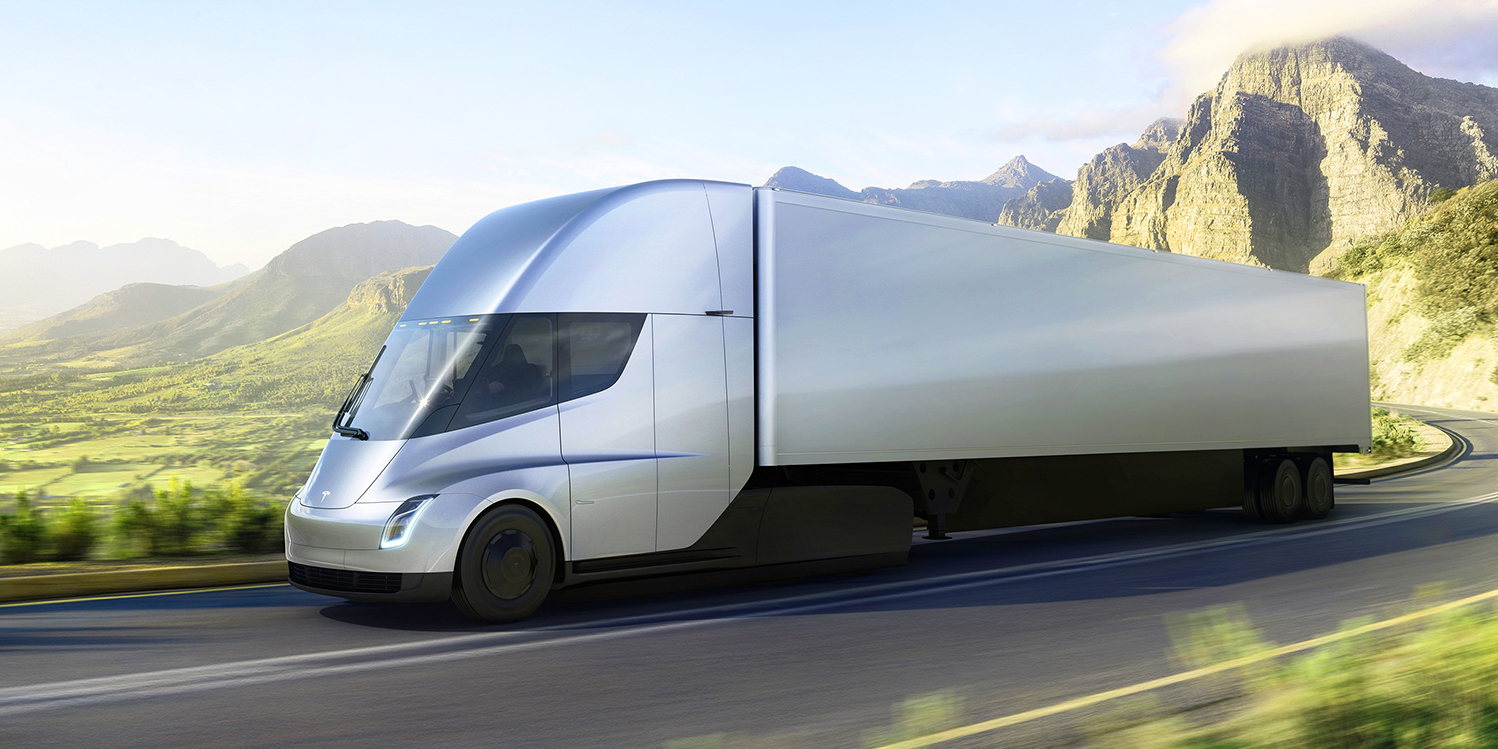 Tesla's electric Semi runs for 500 miles on a single charge