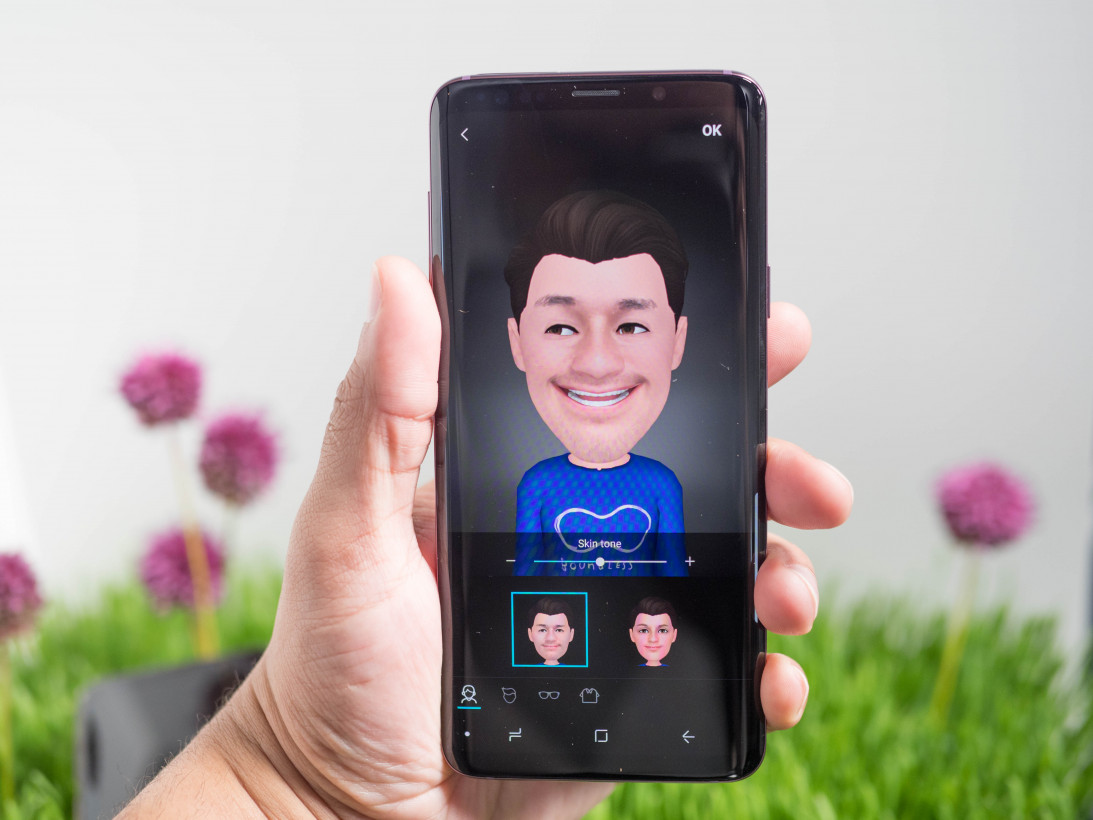 Hands-on: Samsung's Galaxy S9 aims for Google and Apple's
