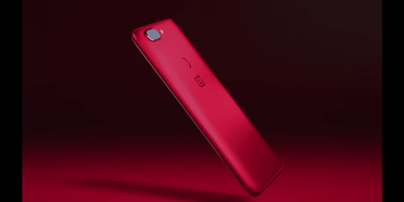 Red Valentine's Day phones are now a thing, apparently
