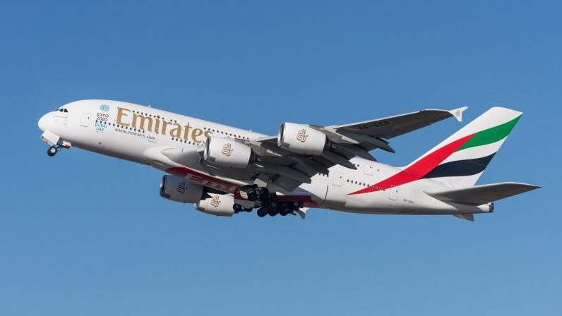Emirates_Airbus_A380-861_A6-EER_MUC_2015