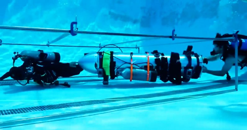 "Watch Elon Musk's rescue ""submarine"" for the Thai soccer boys' team in testing ..."
