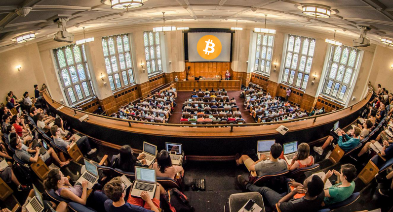 yale university cryptocurrency blockchain coinbase 796x431 - Yale ventures into blockchain with investment in new $400M crypto-fund