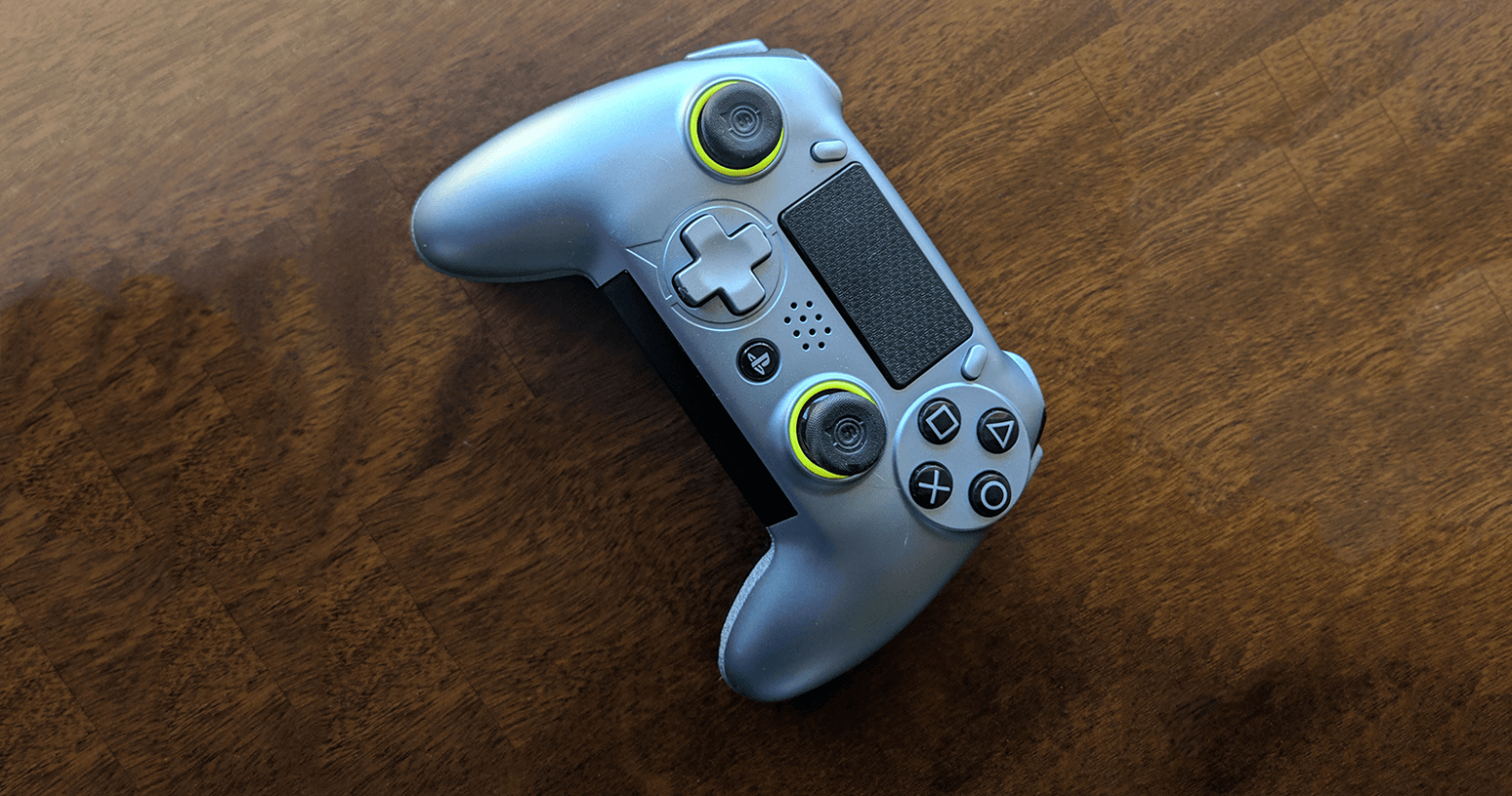 SCUF's Vantage PS4 controller: Shades of amazing, with just a touch