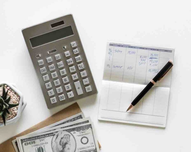 Surviving a cash flow crisis: An entrepreneur's guide to keeping your startup financed