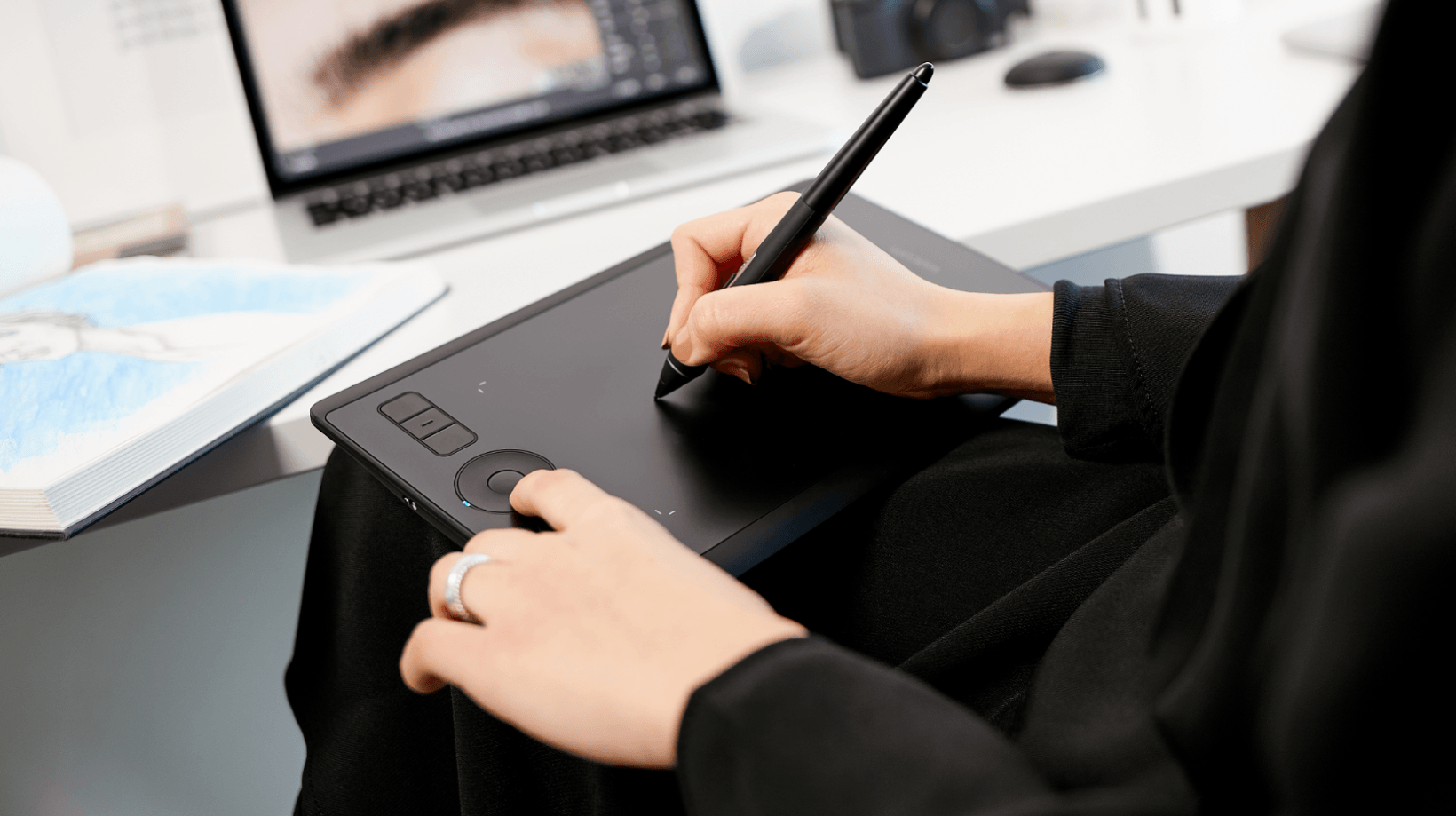 Wacom's new Intuos Pro Small brings serious drawing chops to a $250 portable package