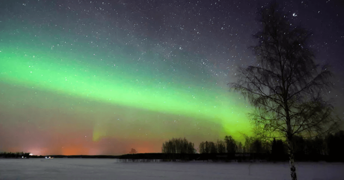The Earth's magnetic north pole is shifting rapidly, but the northern lights will stay where they are (for now)