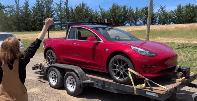 Genius inventor turns her Tesla Model 3 into a pickup truck