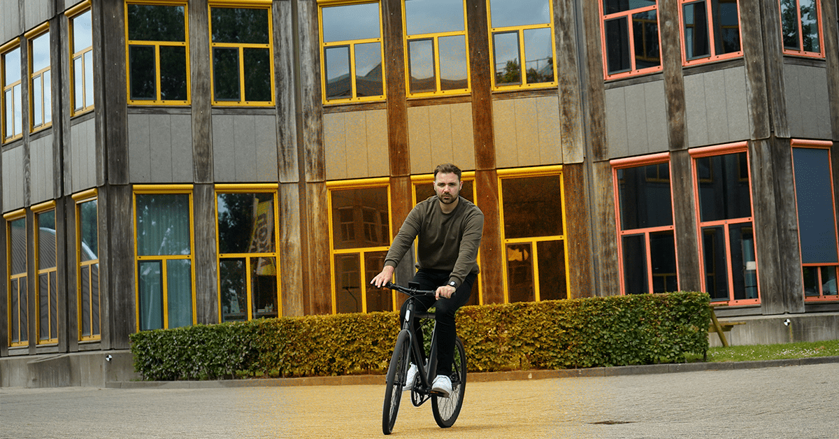 The Cowboy e-bike is so good I want to cycle with it off into the sunset