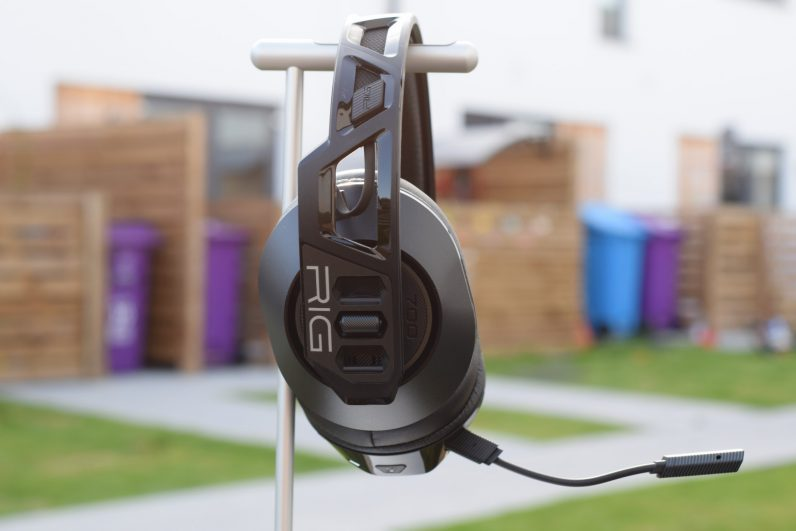 Review: The Plantronics RIG 700HX is a gaming headset I