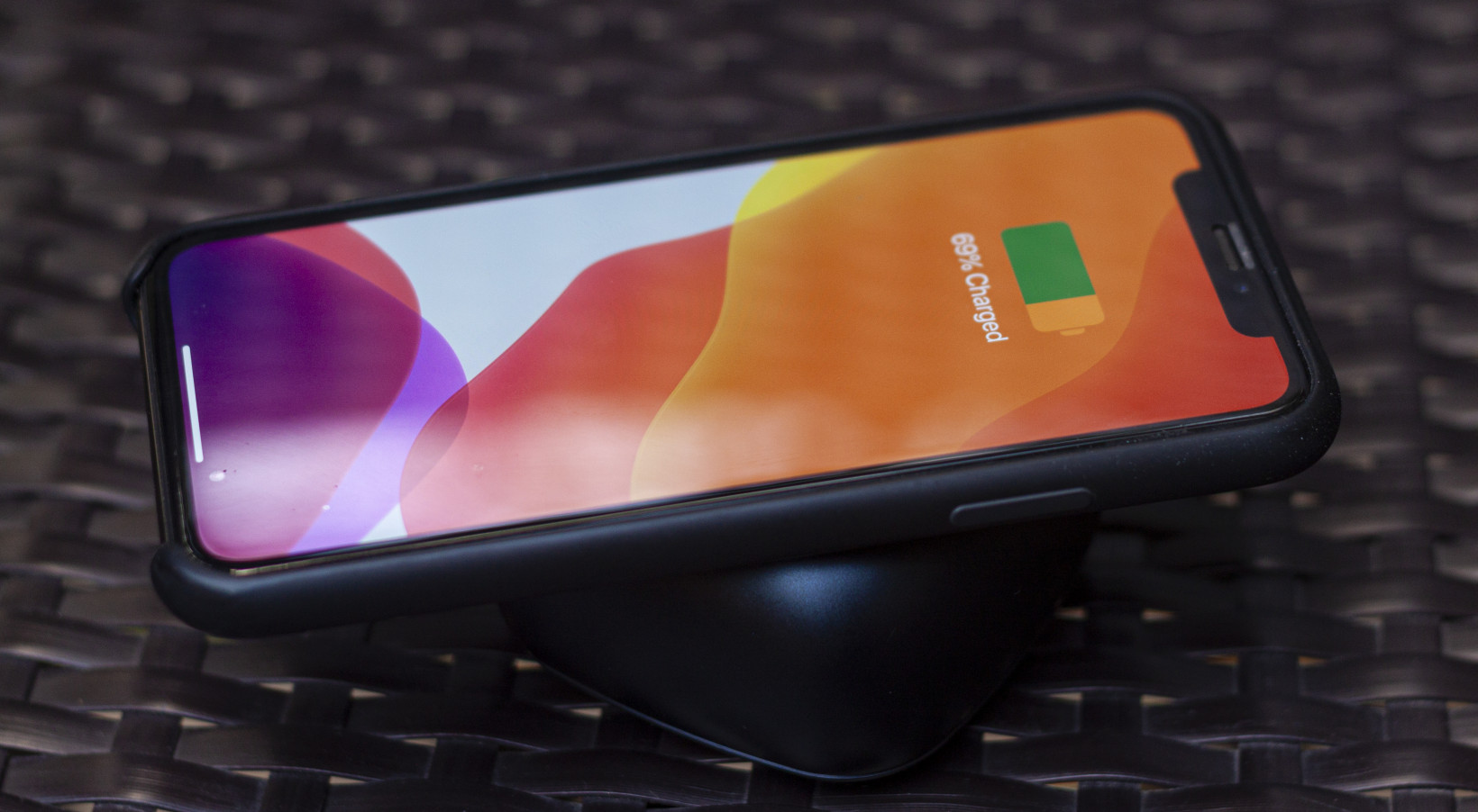 The PaMu Slide case can wirelessly charge your Qi-compatible phone