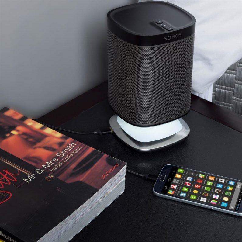 sonos play1 and flexson charging stand bedside