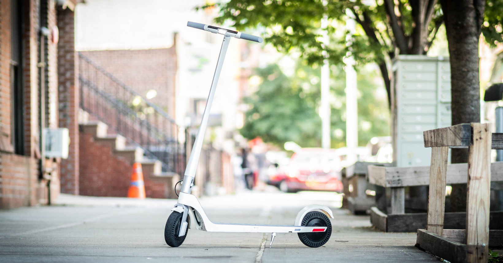 Review: The $990 Unagi e-scooter is sleek, powerful, and light