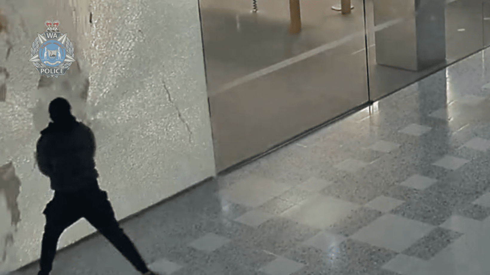 Watch: Sledgehammer-wielding thieves jack $300k in product from two Apple Stores
